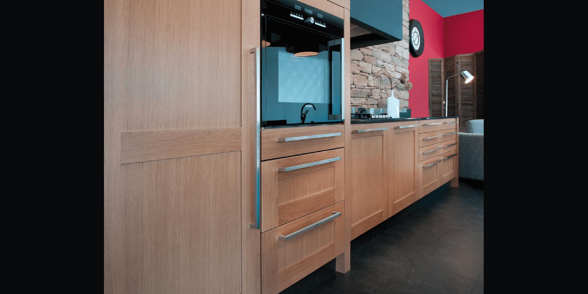 cuisine haut de gamme sur mesure trocadero marque fran aise moderne design. Black Bedroom Furniture Sets. Home Design Ideas
